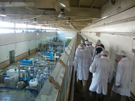تجمع کارگران کارخانه شیر پگاه مقابل ساختمان قوه قضاییه در تهران.jpg