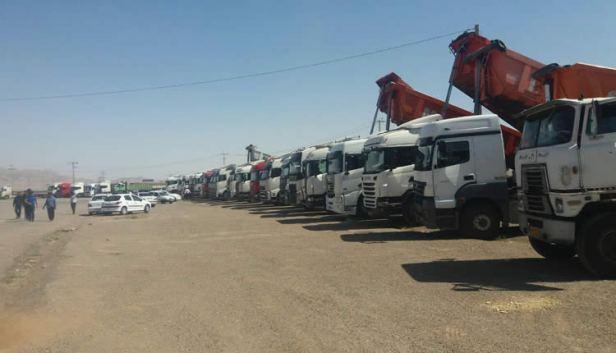 ادامه-اعتصاب-رانندگان-و-کامیونداران.jpg
